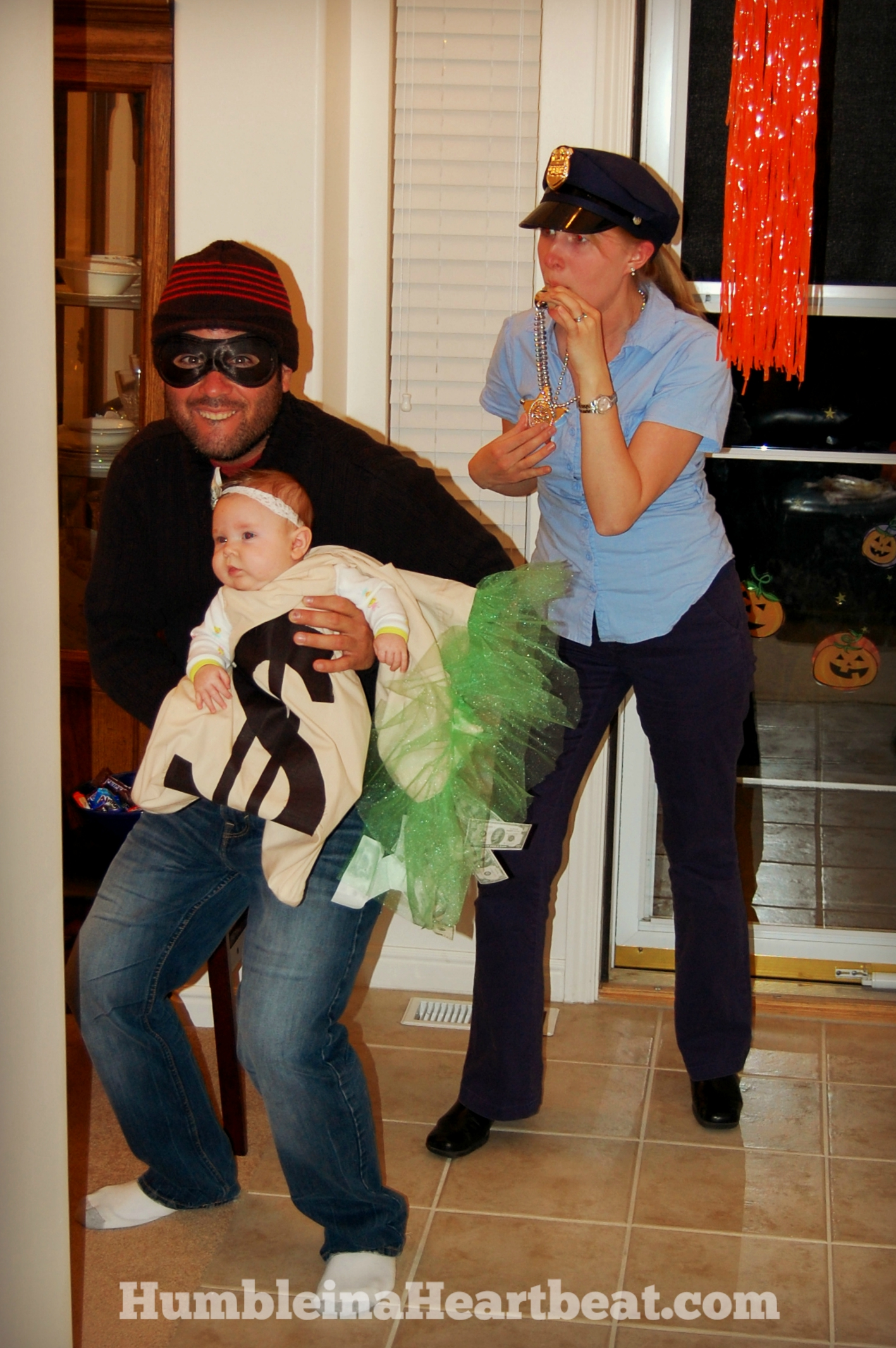 halloween costumes and trick or treating - Halloween Costumes For Parents And Baby
