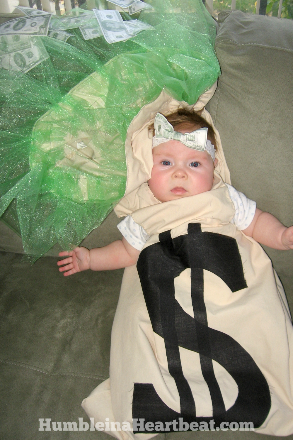 need a halloween costume idea for your new little family if you have a baby