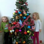 A Special Christmas Tradition: How to Make Ornaments with Your Kids