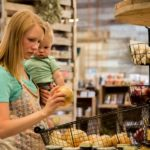 10 Easy Ways to Eat Well on a Budget